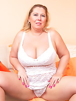 Nasty BBW getting ready to party by herself