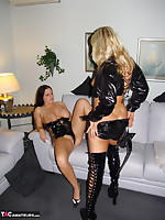 SweetSusi-Horny Policewoman Seduces Lady In Darksome Images