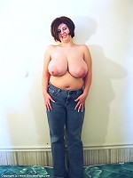chicks with very big melons undressed
